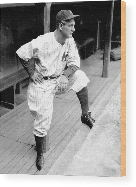 People Wood Print featuring the photograph New York Yankees Lou Gehrig by New York Daily News Archive