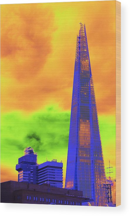 Shard Wood Print featuring the photograph Psychedelic Shard by Richard Henne