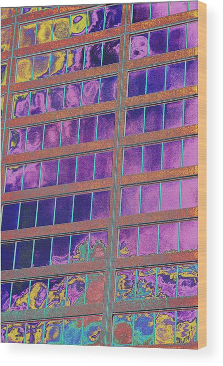 Psychedelic Wood Print featuring the photograph High Roller Suites At The Flamingo Hotel by Richard Henne