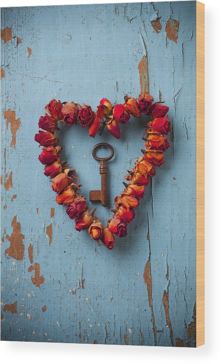 Love Rose Heart Wreath Key Wood Print featuring the photograph Small rose heart wreath with key by Garry Gay