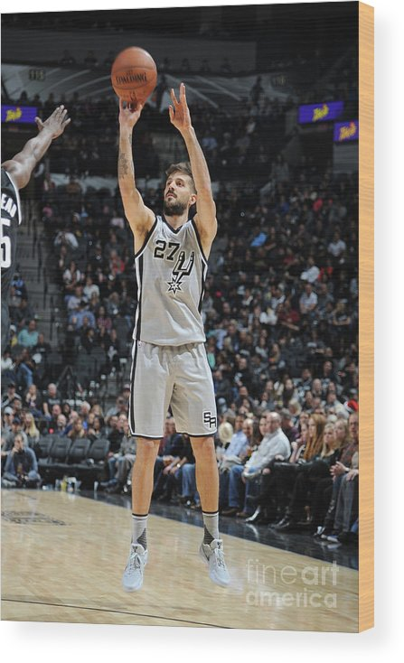 Nicolás Laprovittola Wood Print featuring the photograph Brooklyn Nets V San Antonio Spurs by Mark Sobhani