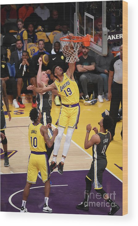 Nba Pro Basketball Wood Print featuring the photograph Golden State Warriors V Los Angeles by Adam Pantozzi