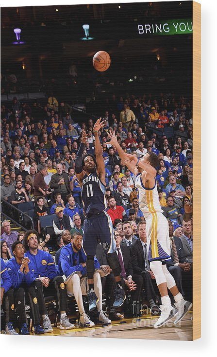 Nba Pro Basketball Wood Print featuring the photograph Memphis Grizzlies V Golden State by Noah Graham