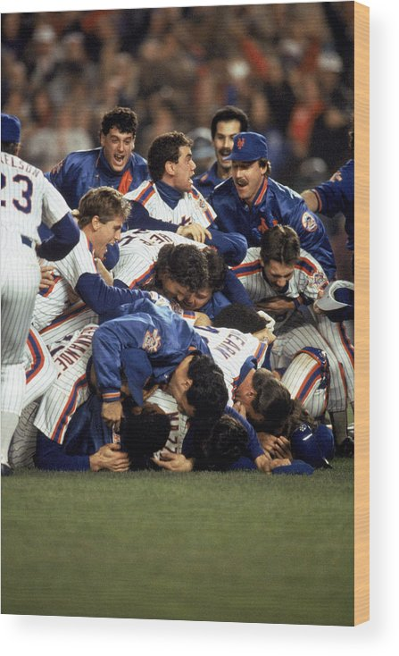 1980-1989 Wood Print featuring the photograph Red Sox V Mets by T.g. Higgins