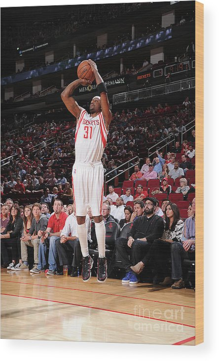 Jason Terry Wood Print featuring the photograph Sacramento Kings V Houston Rockets by Bill Baptist
