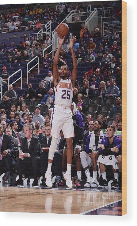 Nba Pro Basketball Wood Print featuring the photograph Sacramento Kings V Phoenix Suns by Michael Gonzales