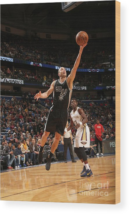 Smoothie King Center Wood Print featuring the photograph San Antonio Spurs V New Orleans Pelicans by Layne Murdoch