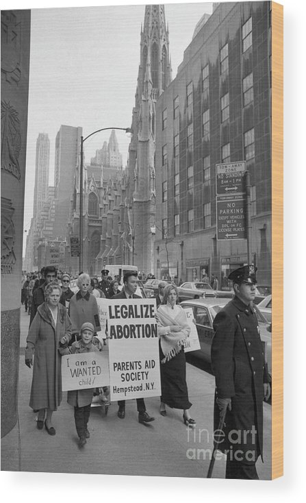St. Patrick's Cathedral Wood Print featuring the photograph The Fight For Womens Reproductive Rights by Bettmann