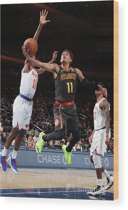 Nba Pro Basketball Wood Print featuring the photograph Atlanta Hawks V New York Knicks by Nathaniel S. Butler