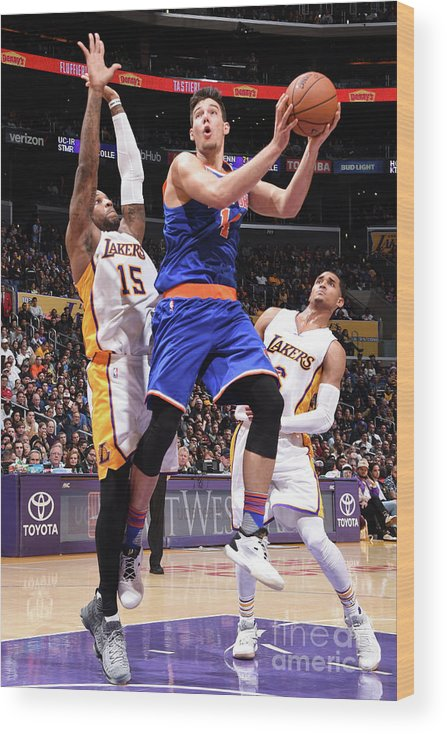 Guillermo Hernangómez Geuer Wood Print featuring the photograph New York Knicks V Los Angeles Lakers by Andrew D. Bernstein