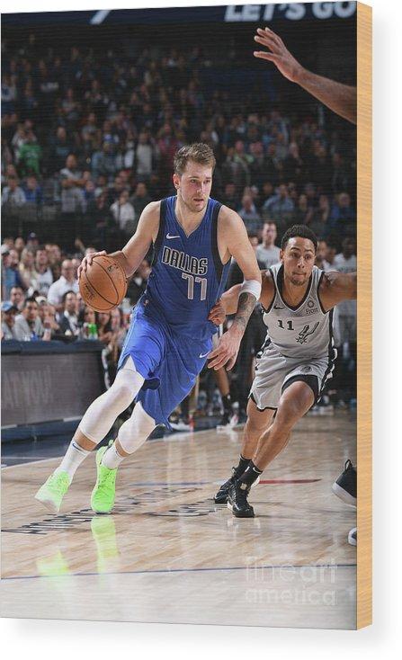 Nba Pro Basketball Wood Print featuring the photograph San Antonio Spurs V Dallas Mavericks by Glenn James