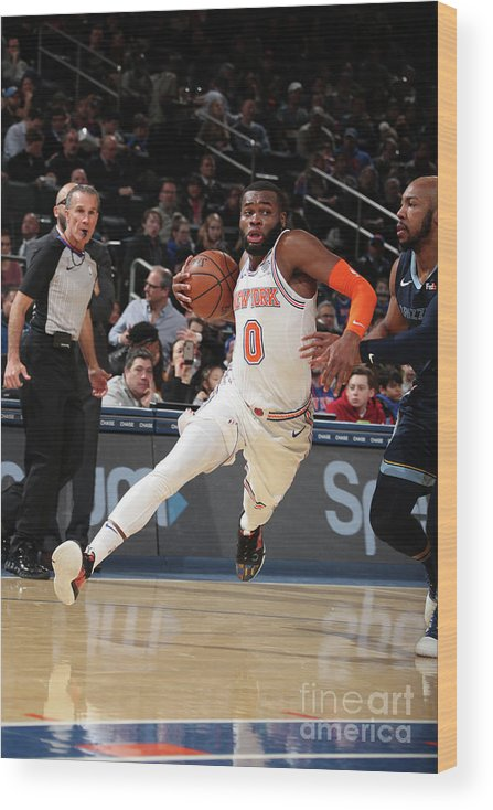 Nba Pro Basketball Wood Print featuring the photograph Memphis Grizzlies V New York Knicks by Nathaniel S. Butler