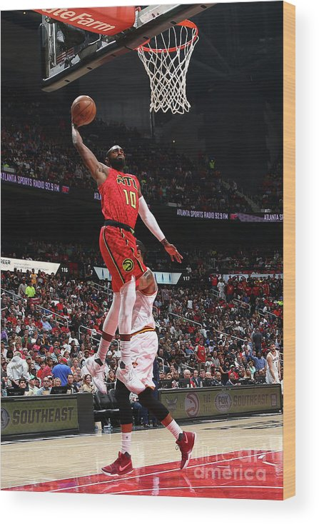 Atlanta Wood Print featuring the photograph Cleveland Cavaliers V Atlanta Hawks by Kevin Liles