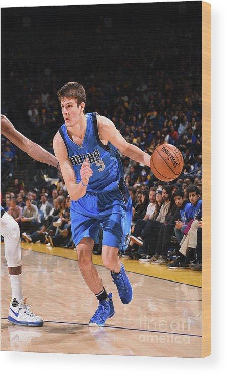 Nba Pro Basketball Wood Print featuring the photograph Dallas Mavericks V Golden State Warriors by Noah Graham