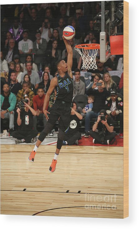Event Wood Print featuring the photograph Verizon Slam Dunk Contest 2018 by Gary Dineen