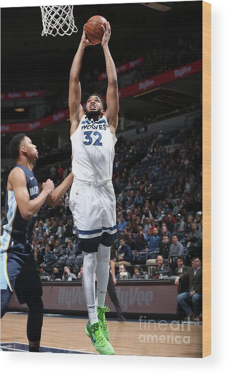 Nba Pro Basketball Wood Print featuring the photograph Memphis Grizzlies V Minnesota by David Sherman