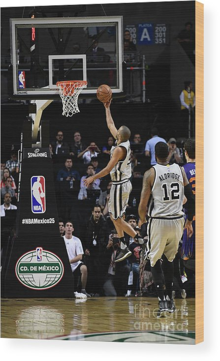 Event Wood Print featuring the photograph 2017 Nba Global Games - San Antonio by David Dow