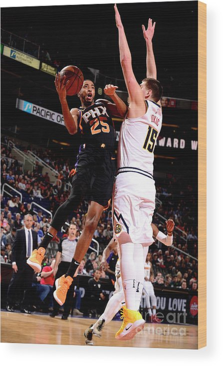 Nba Pro Basketball Wood Print featuring the photograph Denver Nuggets V Phoenix Suns by Barry Gossage