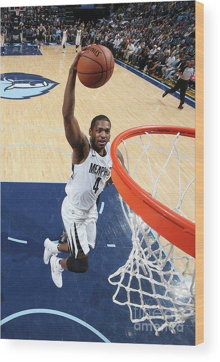 Nba Pro Basketball Wood Print featuring the photograph Sacramento Kings V Memphis Grizzlies by Joe Murphy