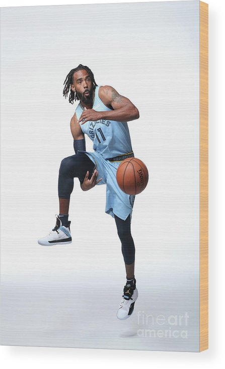 Media Day Wood Print featuring the photograph 2018-19 Memphis Grizzlies Media Day by Joe Murphy