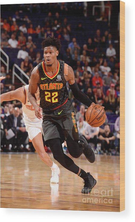 Nba Pro Basketball Wood Print featuring the photograph Atlanta Hawks V Phoenix Suns by Barry Gossage