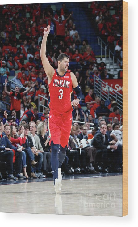 Smoothie King Center Wood Print featuring the photograph Sacramento Kings V New Orleans Pelicans by Layne Murdoch Jr.