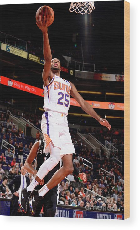 Nba Pro Basketball Wood Print featuring the photograph San Antonio Spurs V Phoenix Suns by Barry Gossage