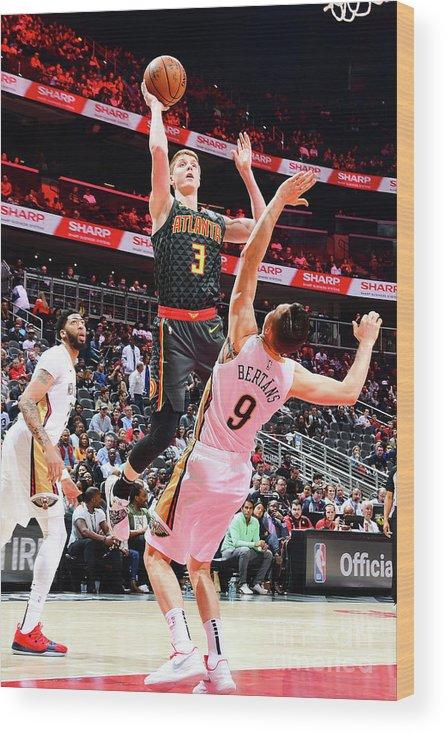Atlanta Wood Print featuring the photograph New Orleans Pelicans V Atlanta Hawks by Scott Cunningham