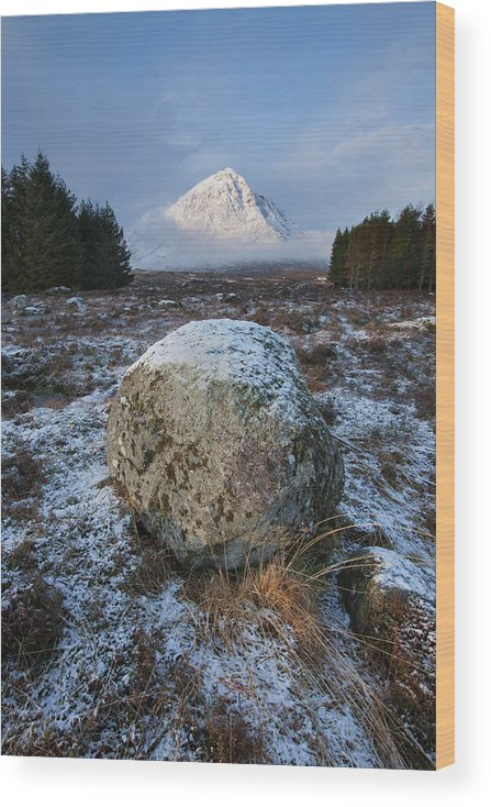 Rannoch Moor Wood Print featuring the photograph Buachaille Etive Mor Sunlight by Paul Whiting