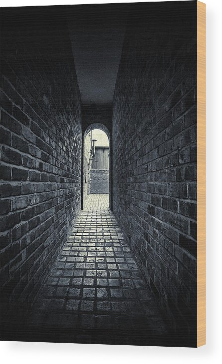 Horror Wood Print featuring the photograph Dark Alley by Duncan1890