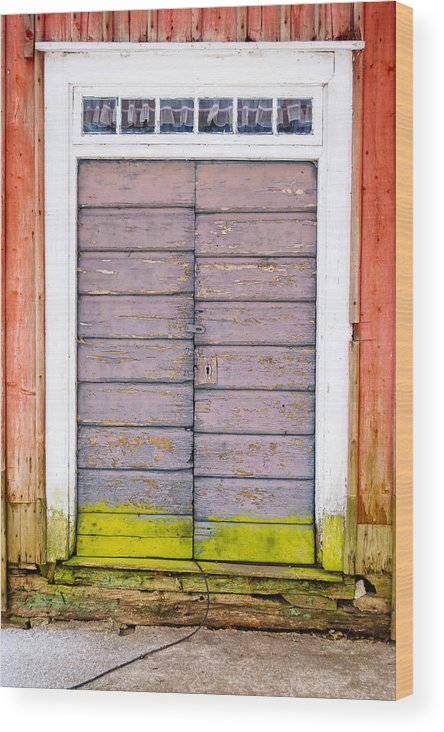 Hinge Wood Print featuring the photograph Doorway by Reimphoto
