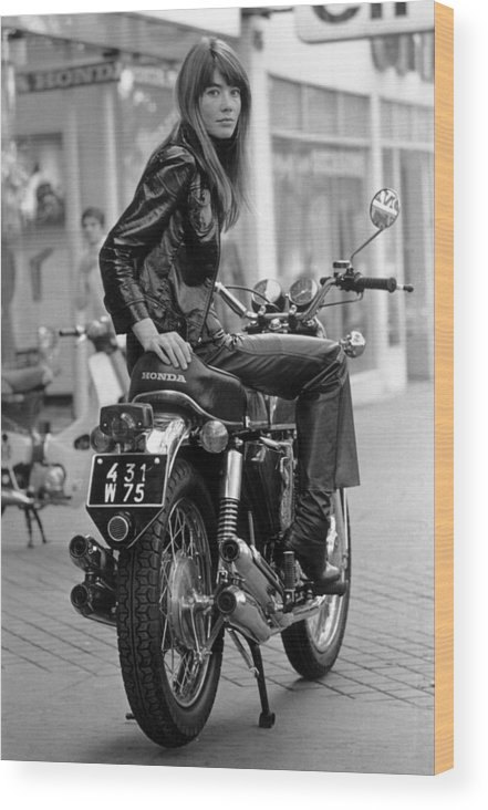 Singer Wood Print featuring the photograph Francoise Hardy by Reg Lancaster