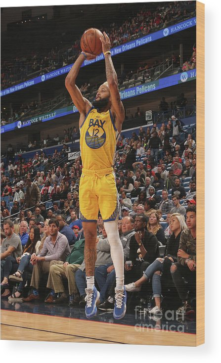 Smoothie King Center Wood Print featuring the photograph Golden State Warriors V New Orleans by Layne Murdoch Jr.