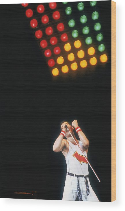 Singer Wood Print featuring the photograph Mercury At Milton Keynes by Keystone