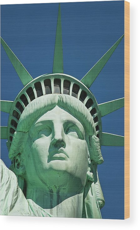 Crown Wood Print featuring the photograph Statue Of Liberty by Tetra Images