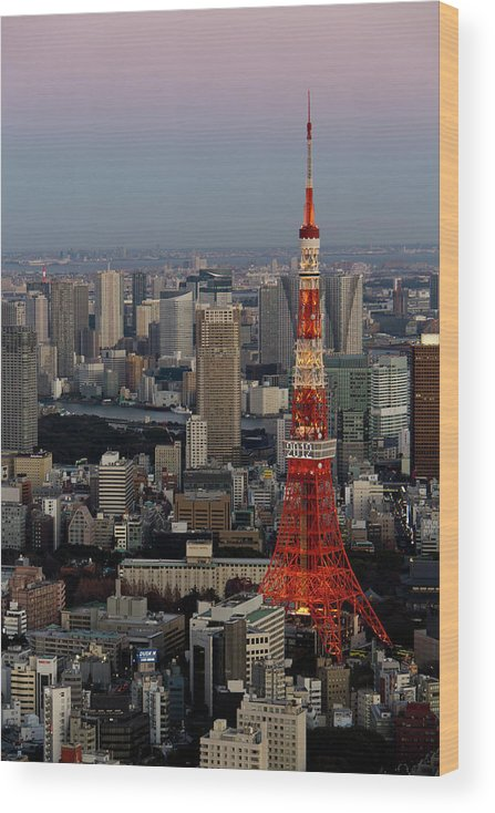 Tokyo Tower Wood Print featuring the photograph Tokyo Tower At Dusk by Lluís Vinagre - World Photography