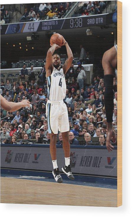 Nba Pro Basketball Wood Print featuring the photograph Andrew Harrison by Joe Murphy