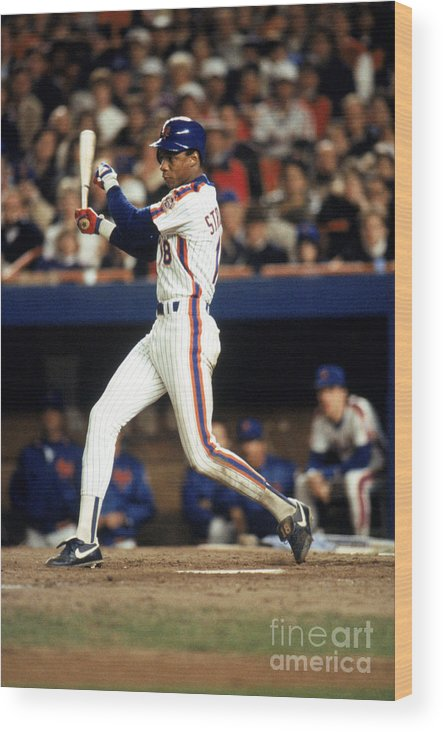 1980-1989 Wood Print featuring the photograph Darryl Strawberry by T.g. Higgins