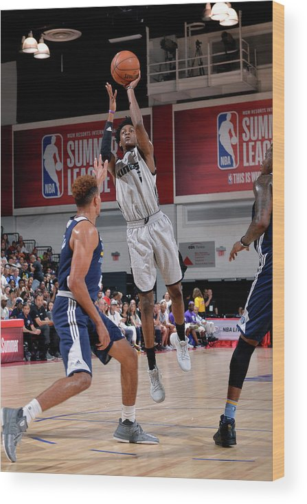 Nba Pro Basketball Wood Print featuring the photograph De'aaron Fox by David Dow