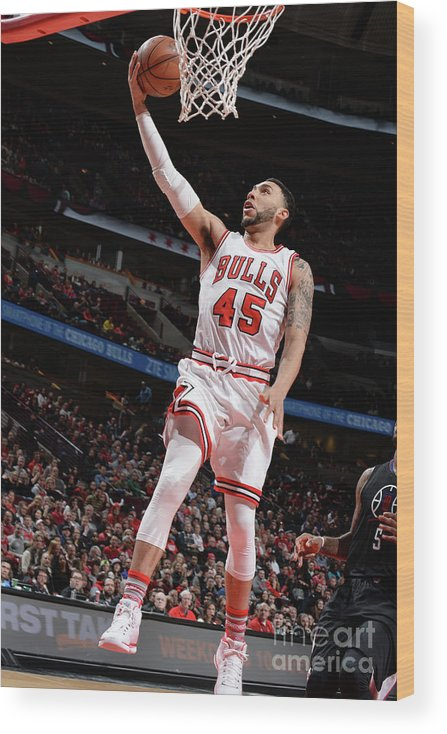 Nba Pro Basketball Wood Print featuring the photograph Denzel Valentine by Randy Belice