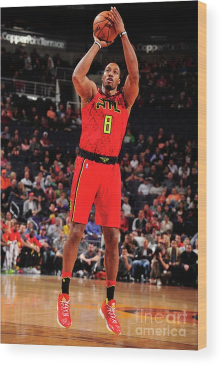 Nba Pro Basketball Wood Print featuring the photograph Dwight Howard by Barry Gossage