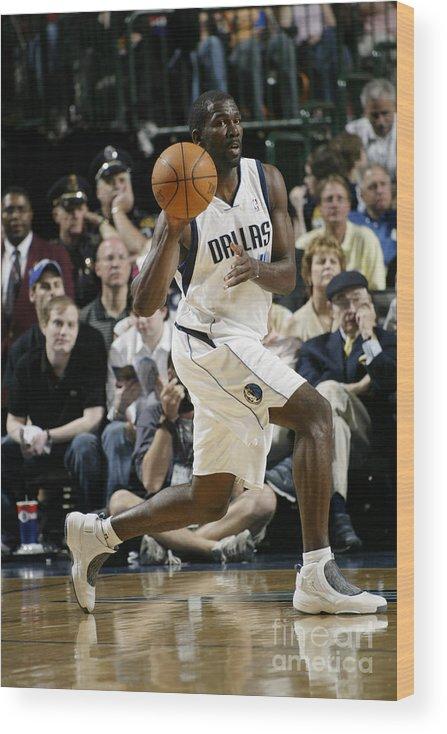 Nba Pro Basketball Wood Print featuring the photograph Michael Finley by Glenn James