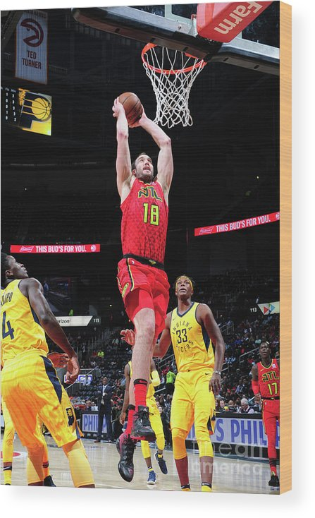 Atlanta Wood Print featuring the photograph Miles Plumlee by Scott Cunningham
