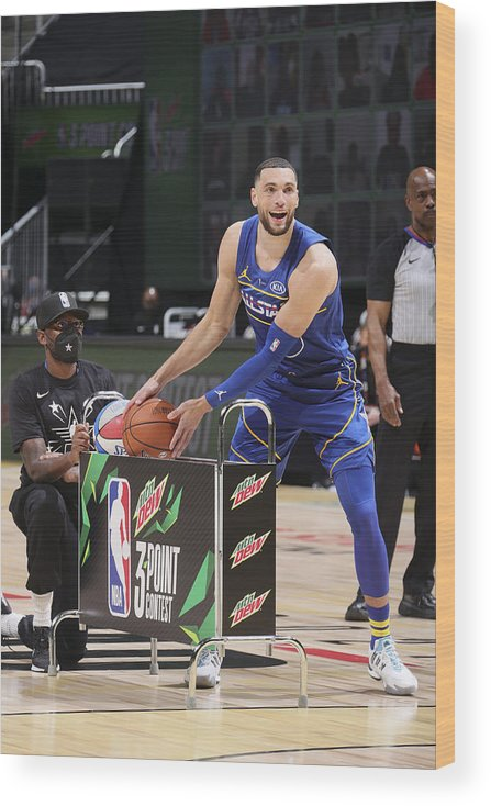 Atlanta Wood Print featuring the photograph Zach Lavine by Nathaniel S. Butler