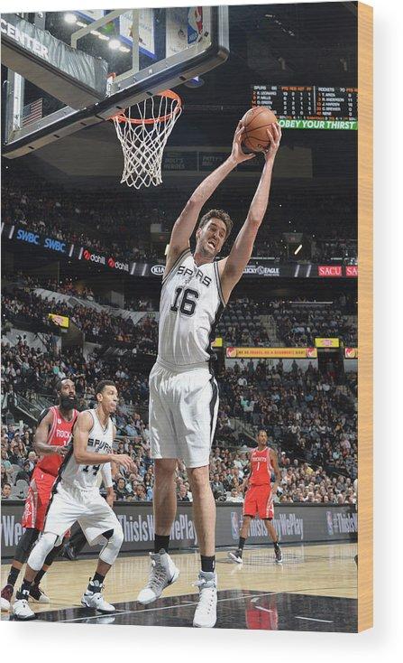 Nba Pro Basketball Wood Print featuring the photograph Pau Gasol by Mark Sobhani