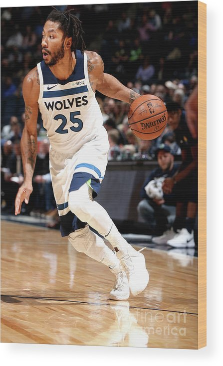 Nba Pro Basketball Wood Print featuring the photograph Derrick Rose by David Sherman