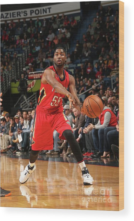 Smoothie King Center Wood Print featuring the photograph E'twaun Moore by Layne Murdoch