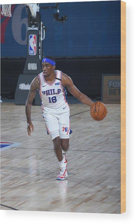 Nba Pro Basketball Wood Print featuring the photograph Memphis Grizzlies v Philadelphia 76ers by Bill Baptist