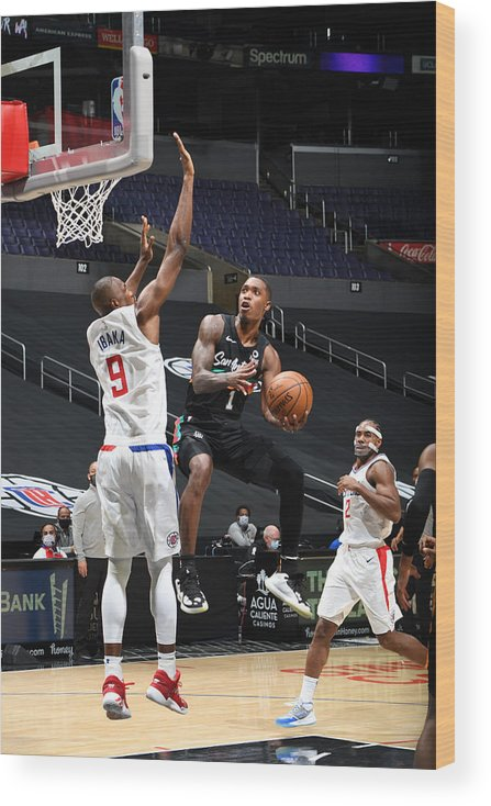 Nba Pro Basketball Wood Print featuring the photograph San Antonio Spurs v LA Clippers by Adam Pantozzi