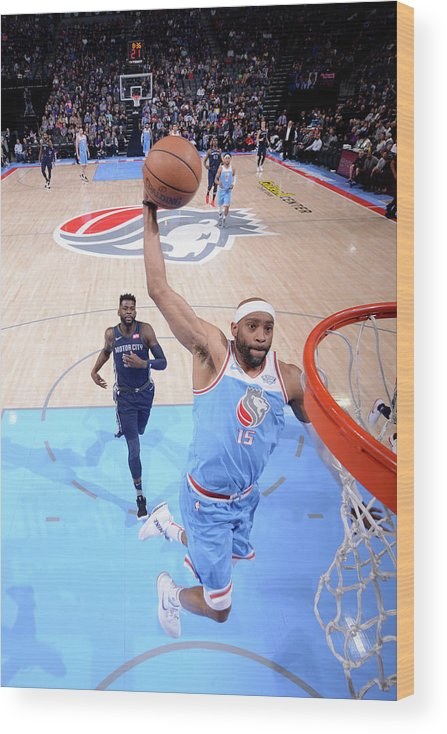 Nba Pro Basketball Wood Print featuring the photograph Vince Carter by Rocky Widner